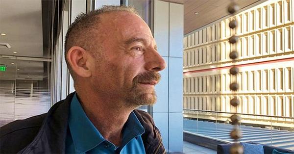 Người đầu tiên chữa khỏi HIV mà không cần ghép tủy xương