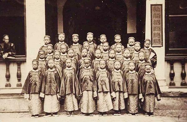 Thế hệ du học sinh đầu tiên của Trung Quốc