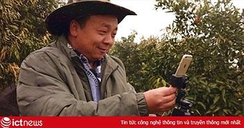 """Chỉ nhờ một chiếc iPhone 6 và Internet, """"ông chú"""" nông dân Trung Quốc trở thành ngôi sao mạng xã hội 82.000 người theo dõi"""