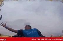 Siêu nhân bắt được iPhone đang rơi giữa không trung khi đang chơi tàu lượn siêu tốc