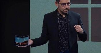 Liệu Surface Duo sẽ được trang bị camera phía sau?