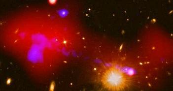 Thay vì xé xác, lỗ đen đang nuôi dưỡng những ngôi sao bé?