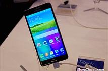 Smartphone mỏng nhất của Samsung lộ ảnh thực tế