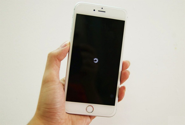 Mẹo đơn giản trị ngay iPhone bị đơ màn hình