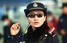 Cảnh sát Trung Quốc dùng kính thông minh nhận dạng khuôn mặt hành khách