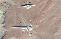Cấu trúc giống tàu vũ trụ gây tranh cãi trên sa mạc Ai Cập