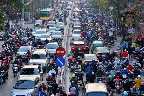 Hà Nội muốn thu phí phương tiện đi vào nơi ùn tắc
