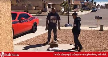 Ép con trai dùng đá đập bể PS4 vì học hành bết bát, ông bố Youtuber bị internet lên án
