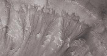 Sao Hỏa có rất nhiều nước nằm sâu dưới lòng đất?