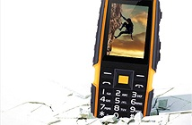 Bộ ba điện thoại độc siêu bền, pin khủng giá rẻ.