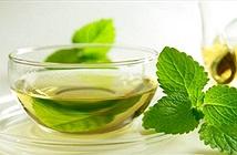 Bị xây xẩm mặt mày sau khi ăn mì chính? Hãy uống trà gừng hoặc bạc hà