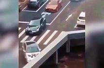 Giải mã bí ẩn xe cộ biến mất khi lao vào thành cầu