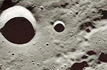 Hé lộ những thứ lạ nằm dưới bề mặt Mặt trăng