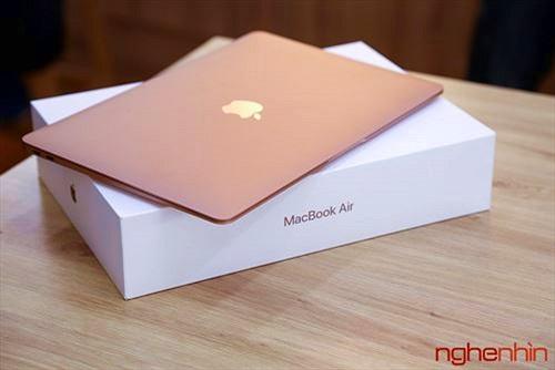 Trên tay MacBook Air 2018: màn hình rất nét, viền mỏng, bổ sung Touch ID