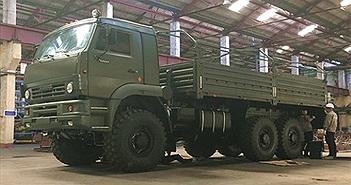 """Việt Nam tiếp nhận loạt xe tải quân sự, """"ngựa thồ"""" siêu khỏe từ Nga"""