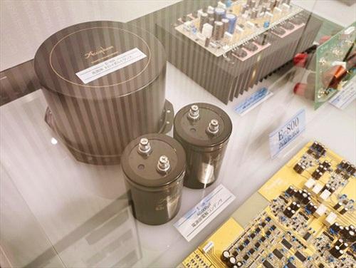 Ảnh thực tế đầu tiên của E-800, ampli Class A kỷ niện 50 năm được fan Accuphase mong chờ từng ngày
