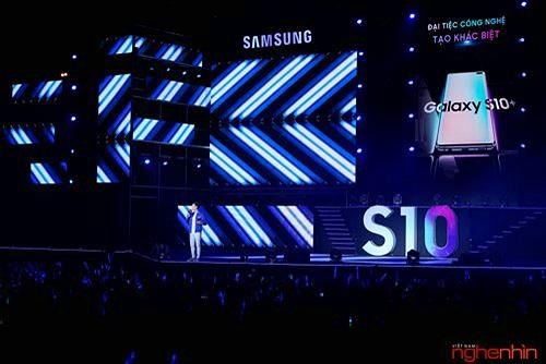 Những dấu ấn khó quên tại đại nhạc hội công nghệ chào đón Galaxy S10