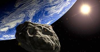 Thước phim hiếm có: Một mảnh thiên thạch chạm đất, sáng lóa cả một vùng trời