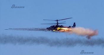 Đẹp mê hồn trực thăng Nga bắn rocket, múa trên không