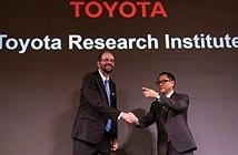Toyota đầu tư 1 tỉ USD nghiên cứu xe tự lái và robot giúp việc