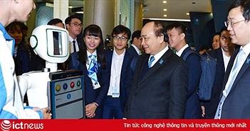 """Thủ tướng Nguyễn Xuân Phúc: """"Để hội nhập tốt, sinh viên phải chú ý tiếng Anh và CNTT"""""""