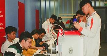 Học sinh trường Ams sáng tạo robot, kính thực tế ảo VR
