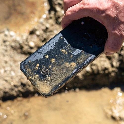 Motorola chuẩn bị tung ra smartphone siêu bền giá mềm