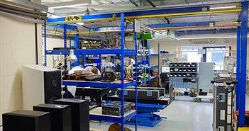 Lọt vào nhà máy sản xuất Naim Statement - siêu ampli giá 4,7 tỷ đồng