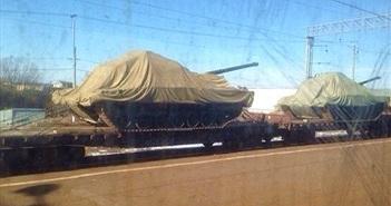 """""""Thủ phạm"""" khiến siêu tăng Armata chưa ra mắt đã gặp sự cố"""