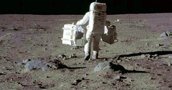 Khoảnh khắc choáng ngợp của phi hành gia NASA trên vũ trụ