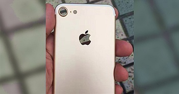 Camera iPhone 7 lộ rõ qua bức ảnh chụp trộm