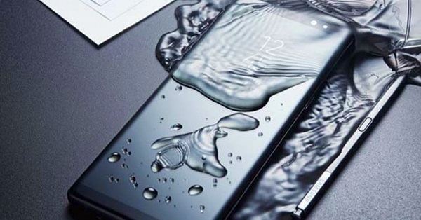 """Galaxy Note 9 lộ mặt trước, nói không với """"tai thỏ"""""""