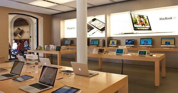 SỐC: Cướp 26 chiếc iPhone và iPad chỉ trong… 33 giây