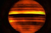 Kinh ngạc vụ phun trào năng lượng dưới mây sao Mộc