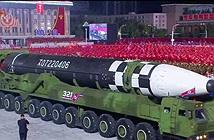 Tên lửa đạn đạo xuyên lục địa quái vật: Lời cảnh báo của Triều Tiên