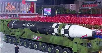 """Tên lửa đạn đạo xuyên lục địa """"quái vật"""": Lời cảnh báo của Triều Tiên"""