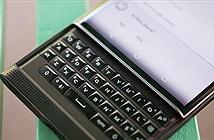 John Chen hứa hẹn sẽ có một mẫu điện thoại chính chủ BlackBerry cuối cùng với bàn phím vật lý