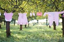 Vì sao quần áo trẻ con không phơi qua đêm?