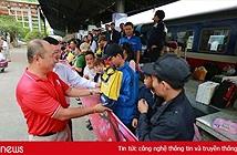 Khởi động chuyến tàu nghĩa tình chở công nhân về quê đón Tết