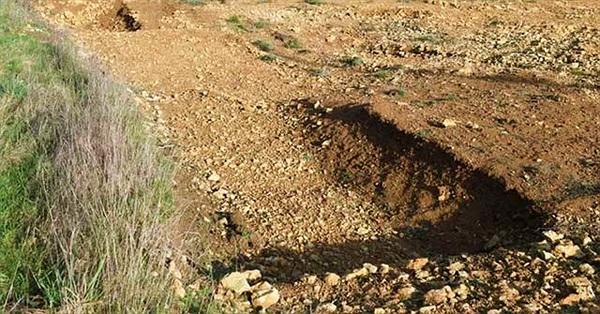 Xây nhà, rùng mình đào trúng 42 mộ cổ ngàn năm kỳ dị