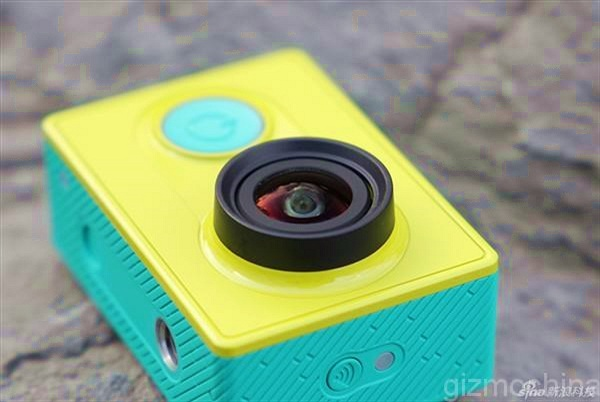 Mở hộp Xiaomi Yi - Action Cam Full HD/60fps giá 64USD