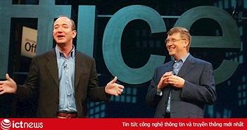"""Bill Gates đã """"giúp"""" Jeff Bezos trở thành tỷ phú số 1 thế giới như thế nào?"""