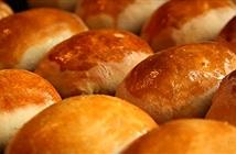 Nếu biết làm bánh mì phức tạp đến thế, bạn sẽ thay đổi hoàn toàn cái nhìn về nó
