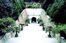 Ngôi mộ đế vương đáng sợ nhất Trung Quốc: 1 chiếc quan tài đoạt 7 mạng người
