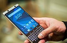 CEO BlackBerry: điện thoại màn hình gập là không cần thiết
