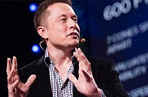Elon Musk chê bai cơ chế cập nhật phần mềm iPhone