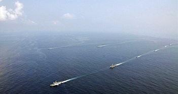 """Màn phô diễn tàu chiến của nước ĐNA """"kết"""" vũ khí Trung Quốc nhất"""