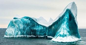 Cực độc tảng băng ngọc lục bảo tuyệt mỹ ở Nam Cực