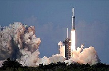 SpaceX thực hiện thành công vụ phóng thương mại đầu tiên