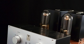 Vì sao Ampli đèn vẫn được ưa chuộng ?